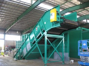 Baler Feed Conveyor